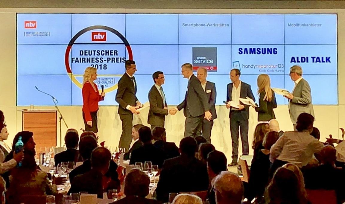 Philipp Zurawski bei der Award Übergabe
