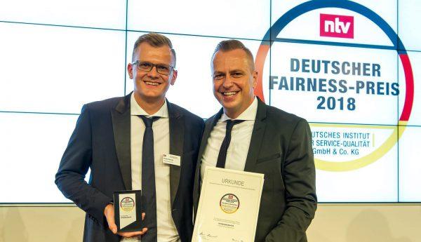 Philipp Zurawski (Gründer) & Lars Zurawski (Geschäftsführer) nahmen den Fairness-Preis entgegen.
